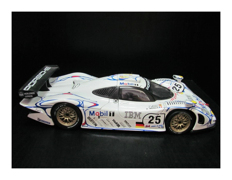 maisto porsche 911 gt1 1998 le mans diecast modell gelb 1 18 6508 ebay. Black Bedroom Furniture Sets. Home Design Ideas
